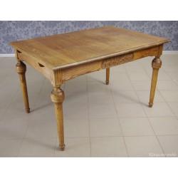 Stół dębowy eklektyczny. 5704