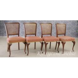 Krzesła angielskie stylizowane na Chippendale. 5730