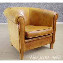 Fotel klubowy z nubukowej skóry naturalnej. 5556